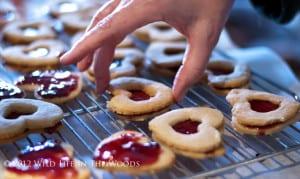 Dueling Linzer Hearts Cookies