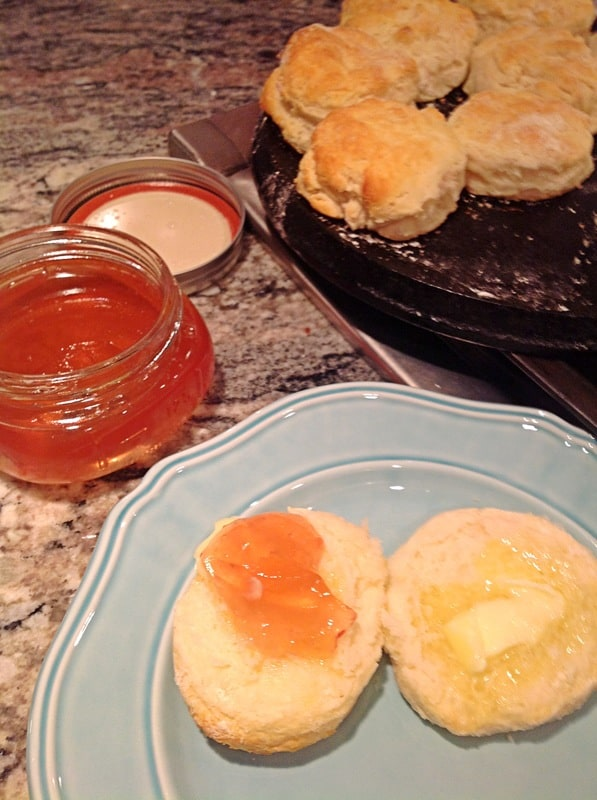 2biscuits with peach