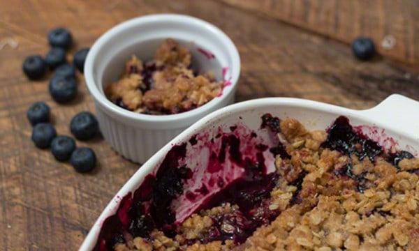 Easy Blueberry Crisp Recipe