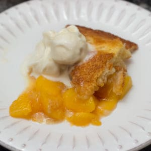 Easier Than Pie Homemade Peach Cobbler Recipe