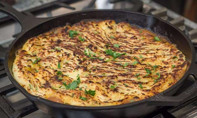 Venison Shepherd's Pie: delicious, easy, and made in a cast iron skillet. #venison #recipe #castironskillet #familyfavorite #shepherdspie