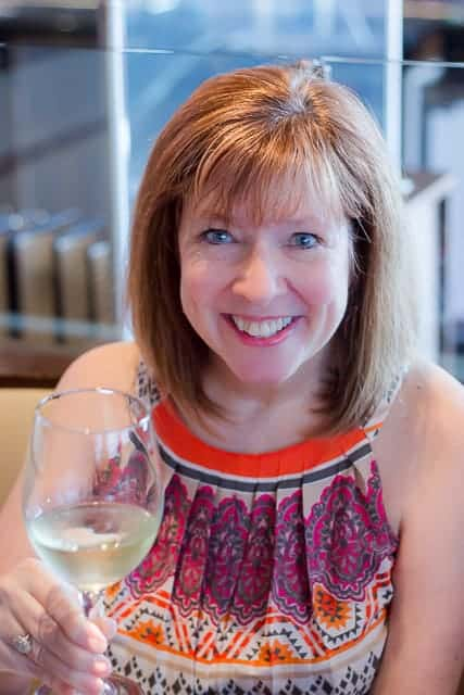 Two Fun Ways to Learn About Wine #godfosakengrapes #wine #winetasting #winedinner #winelovers
