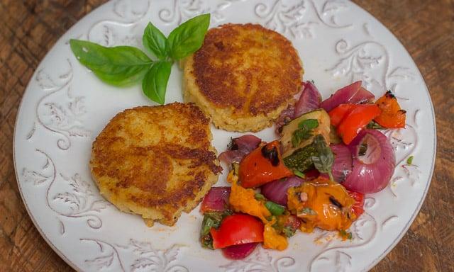 How to Make Creamy Homemade Polenta in a Pressure Cooker #creamy #cheesy #recipe #polenta #homemade #pressurecooker
