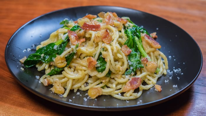 Chickpea Pasta with Spinach and Bacon
